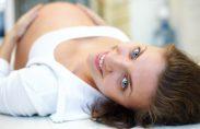 למרות שפעילות גופנית עשויה להיות הדבר האחרון אותו את מעוניינת לעשות לאחר הלידה, היא נושאת יתרונות רבים. תרגילי בטן עדינים ותרגילי רצפת אגן הם כל הדרוש לגוף על מנת לסייע […]